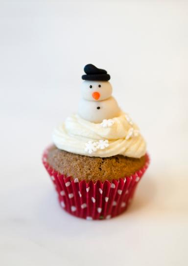 Marzipan snowman from Thelins Konditori.